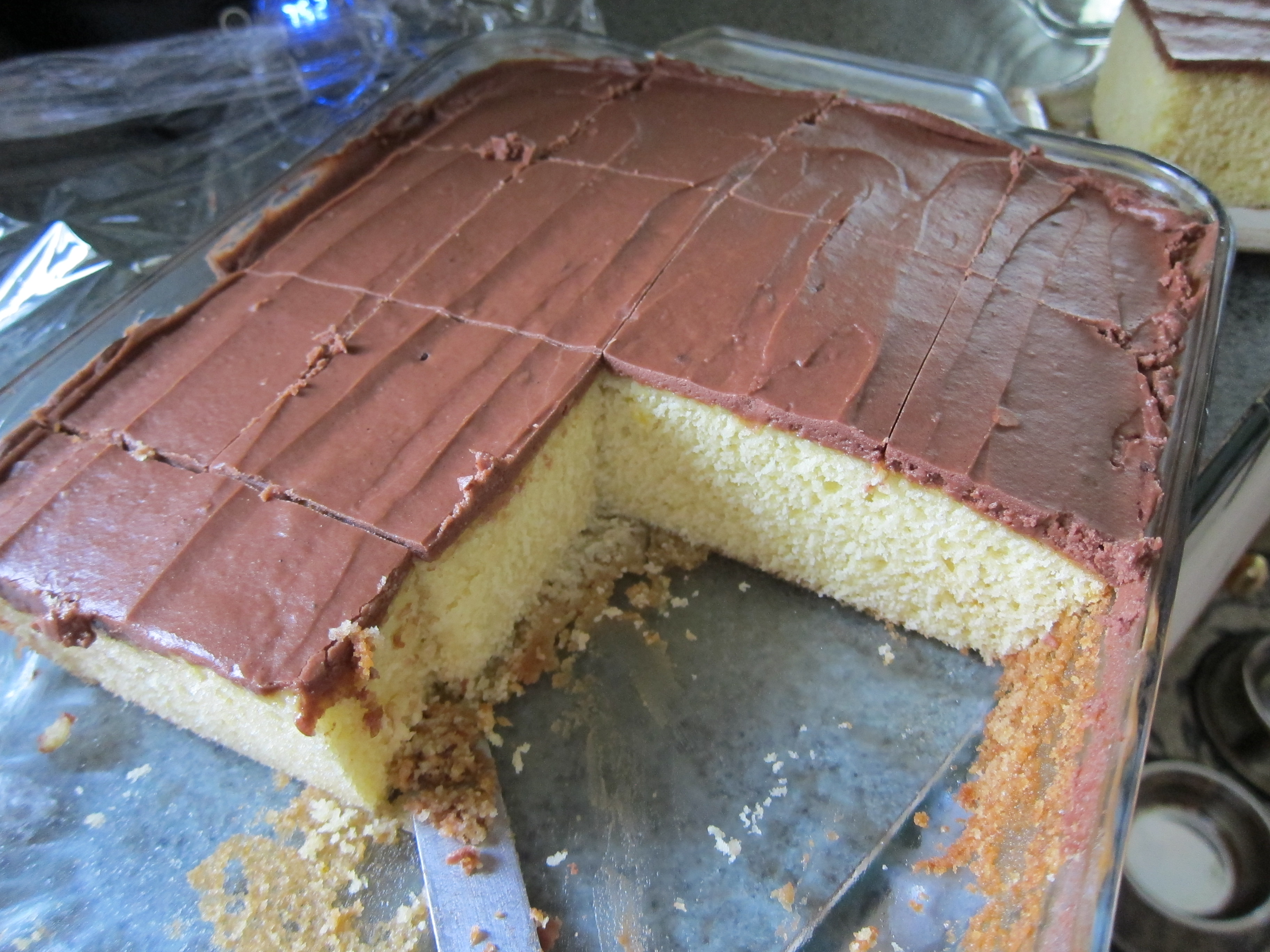 Easy cakes to bake at home - My Favorite Yellow Cake Moist Flavorful And Easy To Whip Up