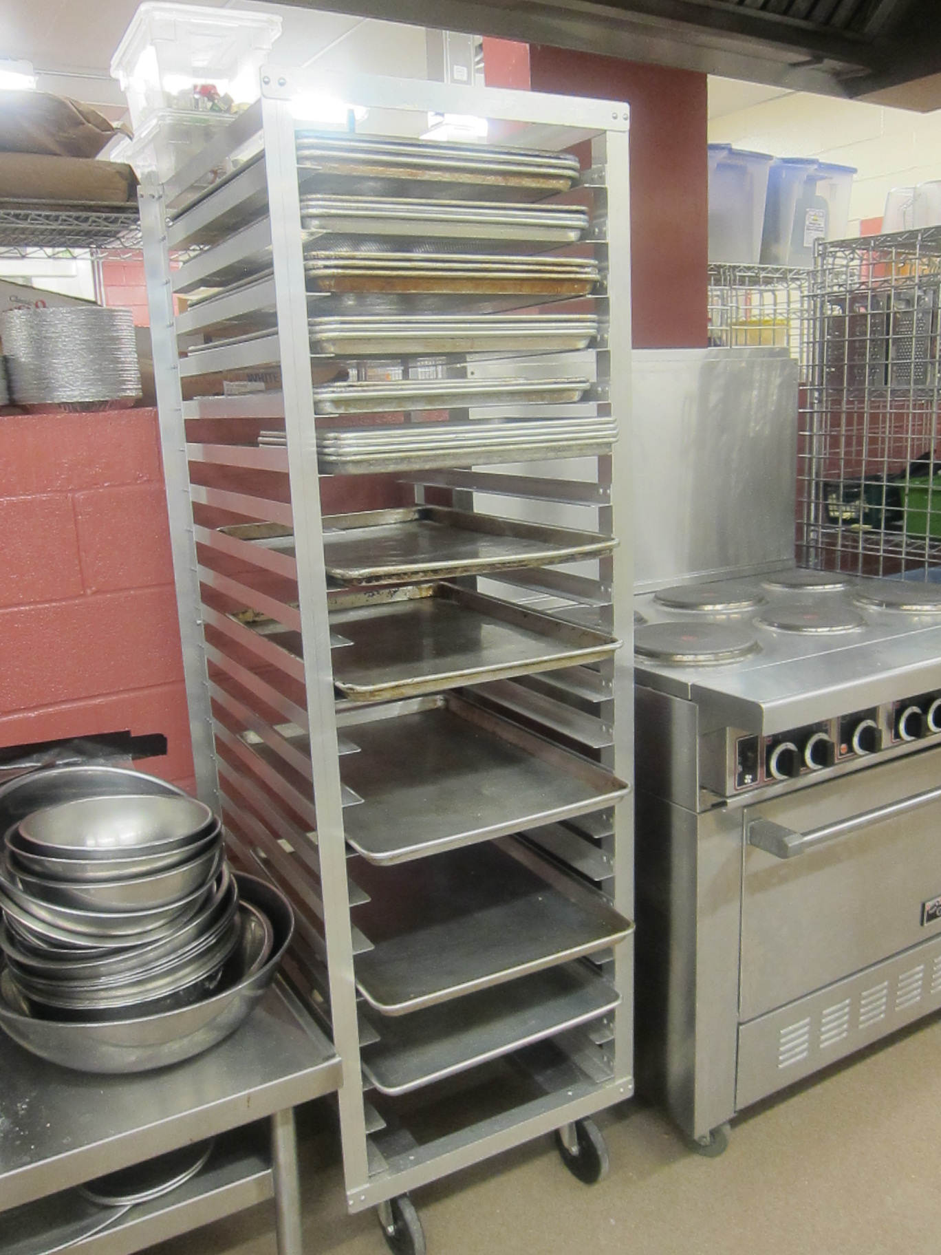 crate pan and casseroles casserole for with easy cambridge barrel baking dining cooking dishes entertaining rack dish